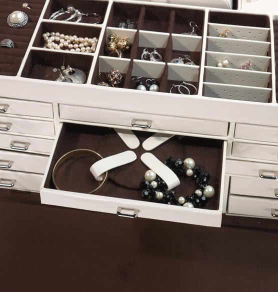 Leather Jewelry Trunk