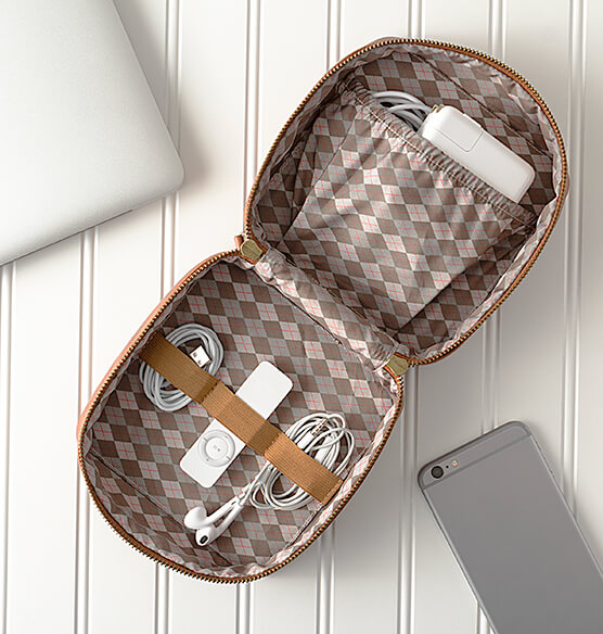 Personalized Travel Tech Case - View 3