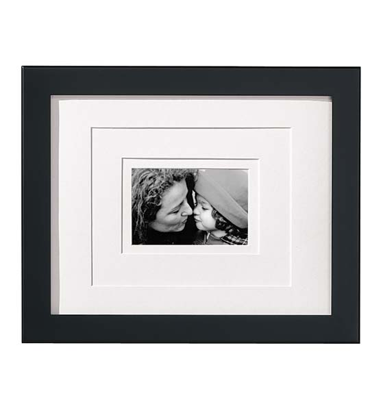 Perfect Frame™ Black Wall Frame