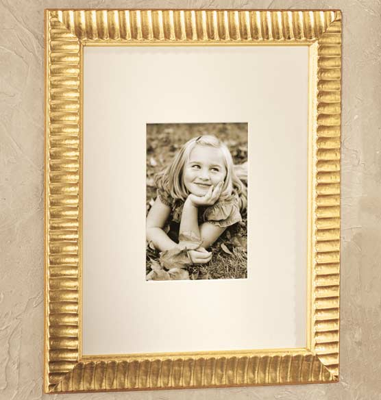 Bellagi Fluted Gold Frame