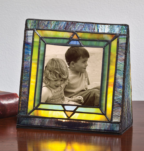 Arts and Crafts Illuminated Photo Frame