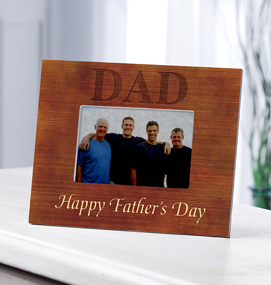 Personalized Photo Frame for Dad – Wood Grain Frame