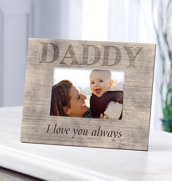 Personalized Photo Frame for Dad – Shiplap Daddy Frame