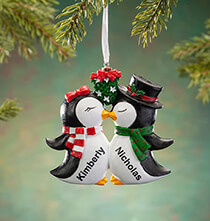 New - Personalized Kissing Penguins Ornament